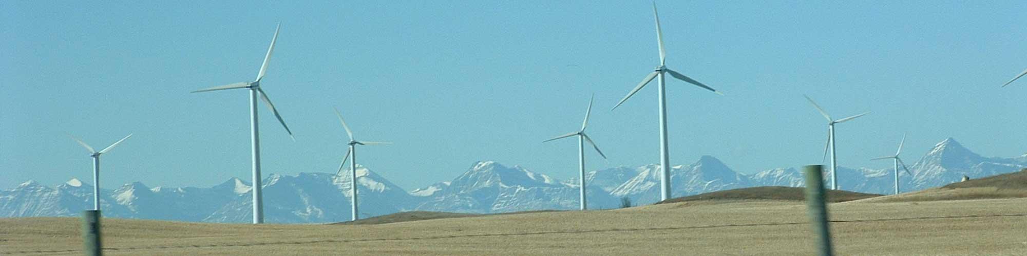 Turbines-w-Mountains-2000x500